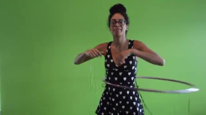 can you hula hoop? (v1)