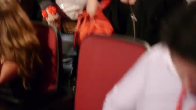 Orpheum Audience #7: close-ups, pans, wides, selfie during Patterns...