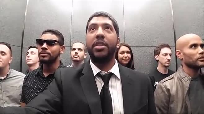 30 Seconds in an Elevator