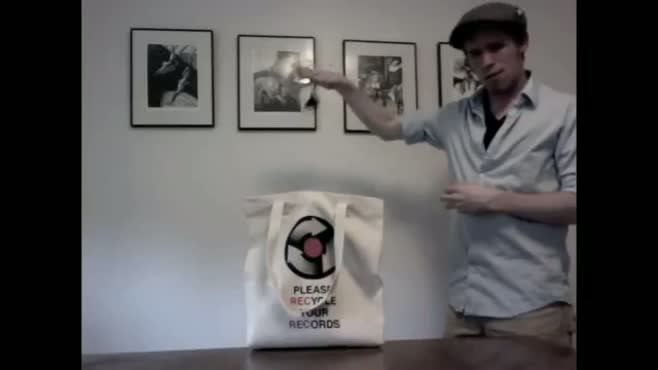 HitRECord Tote Commercial Footage