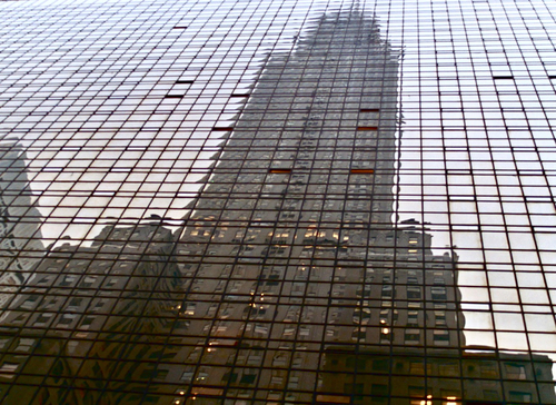 Reflected_skyscraper
