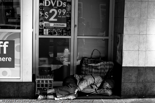 Homeless-man-asleep_mg_2268