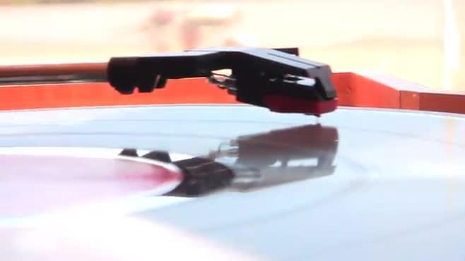 MOTS vinyl footage